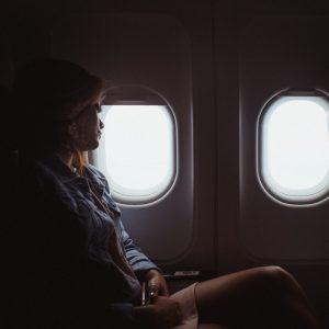 Oreiller de voyage - Dormir dans les transports : quelques conseils...