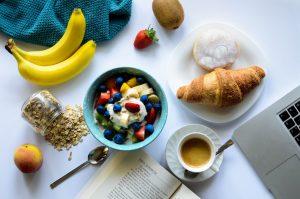 Petit déjeuner - 10 conseils pour se lever de bonne humeur