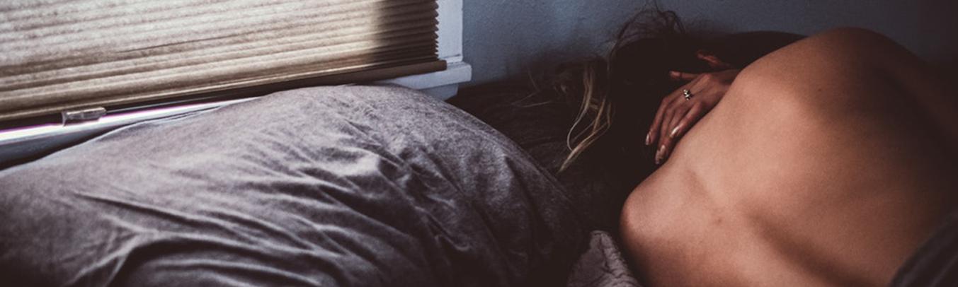 Dormir nu(e) ou dormir habillé(e) ? Telle est la question...